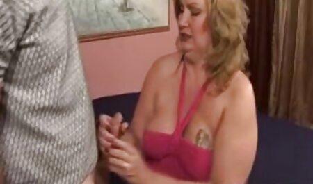 蒸し暑い女の子はセックスの後に巨大なザーメンに値する 女性 の 為 の av
