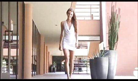 長いフックアップの後に女の子の顔に兼 女性 専用 エロ ビデオ