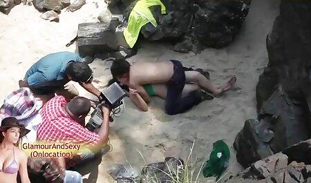 観光客は、路上でセクシーなアジアの女性を満たしています 無料 av 女性 向け