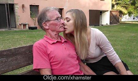 女の子は穏やかな女の子のblowjobとロシアの男を目覚めさせる 無 修正 女性 向け 動画