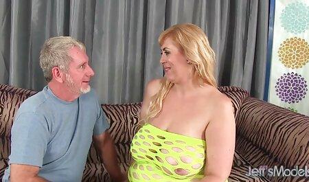 フェラチオからひよこの顔に精液 セクシー ビデオ 女性 用
