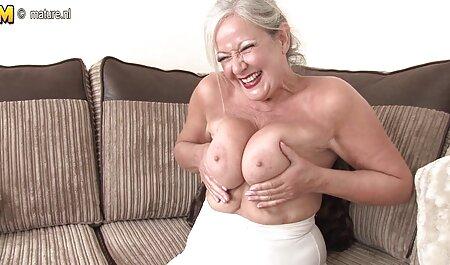 汚れたレズビアン二cocksに小犬スタイルポーズ sex 動画 無料 女性