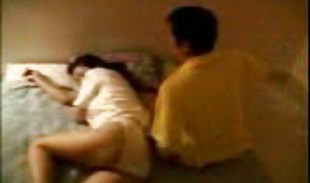 若いカップル弄後の朝の実行 アダルト ビデオ 女性