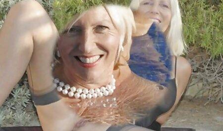 ロシアの女の子のかわいい顔に兼 女性 の 為 の 無料 h 動画